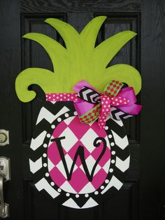 Large Pineapple Door Decor by ANicholeDesigns on Etsy, $55.00