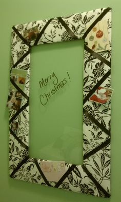 DIY fabric picture frame--use Christmas fabric! http://squarepennies.blogspot.com/2012/02/french-memo-board-or-picture-frame.html