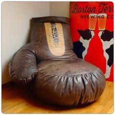 Boxing globe chair by *PrimerasNecesidades*