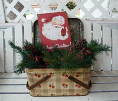 adorable vintage Christmas display