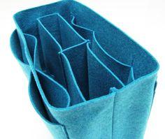Felt Bag Organizer - great idea (on a smaller scale) for inside my purses - DIY?