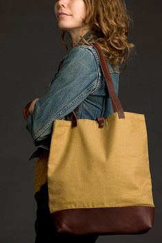 Linen & Leather Tote Bag by gracedesign on Etsy, $78.00