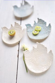 ceramic bird plates by Lee Wolfe Pottery