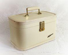 Lady Baltimore Luggage 1950s Vintage Train Case