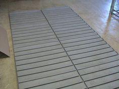 dog kennel flooring | Modular Dog Kennel Flooring (Raised Platform ...