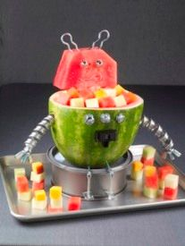 robot parti, edible crafts, food, watermelon carving, watermelon robot, kid parties, parti idea, boy birthday parties, robot birthday