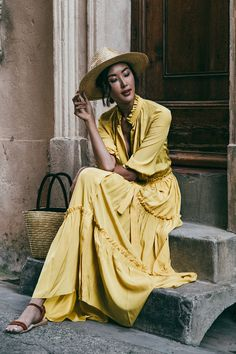 yellow maxi dress |