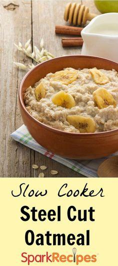 How to make oatmeal in your slow cooker! | via @SparkPeople #food #recipe #Crockpot #oats #breakfast #healthy