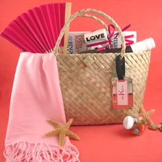 wedding welcome bags, swag bags, brides, basket, bridal parties, bride life, bride blog, biz idea, destination weddings