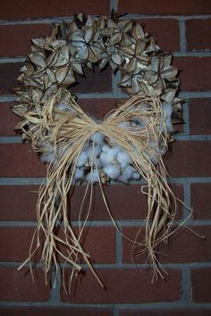 Cotton Boll Wreath, 8 inch