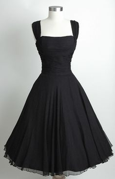 Love it!  Saks Fifth Avenue Ruched Chiffon 1950's Dress