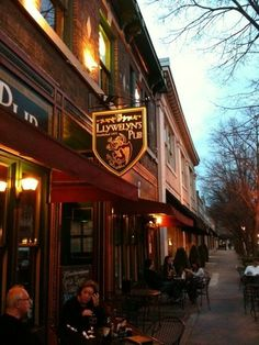 Visit Llywelyn's in the #CWE! - St. Louis, MO
