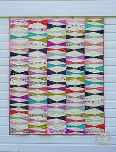 kite tail, tail pattern, ami friend, tail quilt, month pattern, kiteaugust quilt, color scheme, kite pattern