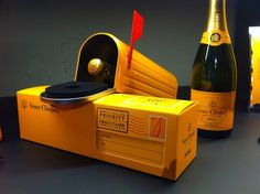 Veuve Clicquot your #champagne is in the mail #packaging PD