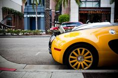Looks like my picture of the Bugatti Veyron in Beverly Hills