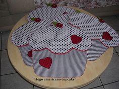 """Jogo Americano cupcake"""