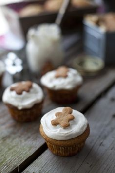 Gingerbread Muffins with Cinnamon Cream Cheese Frosting