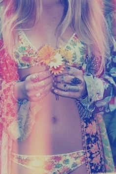 Sweet floral boho chic kimono and bikini lingerie with stacked chunky hippie rings. FOLLOW this board > http://www.pinterest.com/happygolicky/the-best-boho-chic-fashion-bohemian-jewelry-gypsy-/ for the BEST Bohemian fashion trends for 2015.