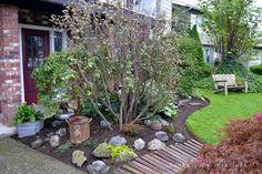 Pallet wood walkway / part of summer garden reveal on FunkyJunkInteriors.net