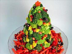 Veggie-Christmas-Tree-Edible-Centerpiece