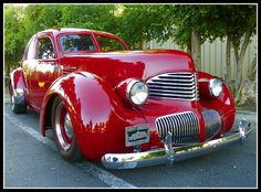 1941 Red Hupmobile Skylark • photo: Dusty_73 on Flickr