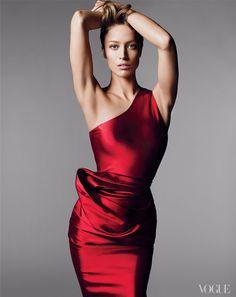Raquel Zimmermann Photographed by Mert Alas and Marcus Piggott, Vogue, 2011 #studio