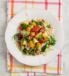 Heirloom tomato & avocado salad with chickpeas & orzo