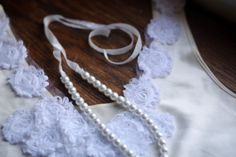 Dollar Store Crafts DIY:: Ribbon & Pearl Necklace