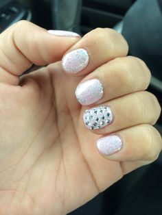 pretti nail, shellac nails