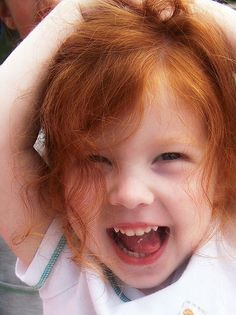 .  Susan Edghill via * Touched by Time onto Gingers  Looks like my sister when she was a wee one.