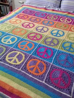 idea, blanket, crochet afghan, free pattern, peace signs, granni squar, granny squares, crochet patterns, yarn
