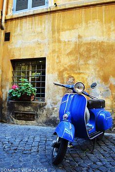 Classic Piaggio Vespa!