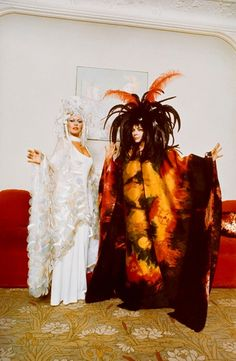 Brigitte Bardot et Leonor Fini en costumes pour le Bal Surrealiste du Chateau de Ferrieres-paris-1972