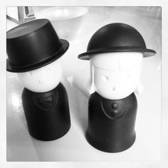 salt and paper shakers. how cute!