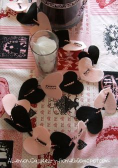 table decorations, diy ideas, valentine day crafts, felt hearts, diy valentine's day