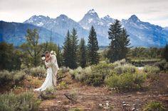 Mountainside wedding kiss.   Amy Galbraith Photography  | Seattle, WA | SnapKnot #weddingphotographer