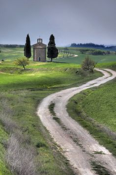 Val d'Orcia, Tuscany, Italy #travel #photography #places #views #vacation #holiday #trips #socialmedia #training