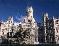 Una visita a Madrid no es completa sin visitar sus monumentos, sus plazas y todos los items que puede ofrecer. #turismo #madrid #buscounchollo #vacaciones