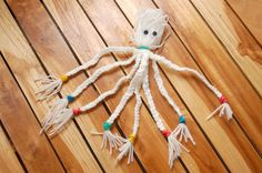 How to Make a Yarn Octopus in 5 Steps