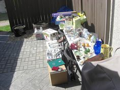 Great tips for shopping at yard sales!
