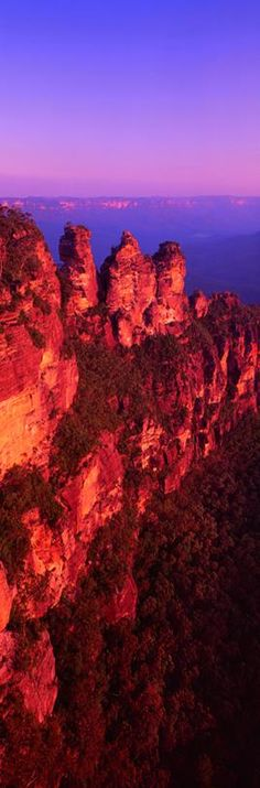 Three Sisters - Blue Mountains - New South Wales  Australia