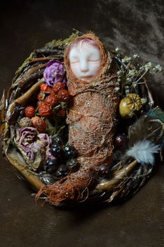 Little Baby Fairy on the nest- Sculpture baby Fairy - Polymer Clay miniature