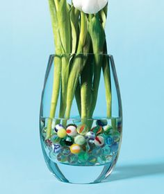 decorating ideas, drink, daisi, marbles, flower vases, vase arrangements, children play, vase fillers, green onions