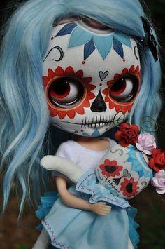 day of the dead littlest pet shop girl named skeleta