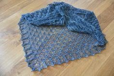 Ravelry: Bulles pattern by Corinne Ouillon