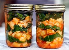 """Guide to Lacto-Fermenting Vegetables (no canning equipment needed and zero electricity consumed--the """"greenest"""" way to preserve vegetables!)."""