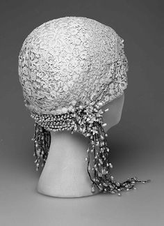 Wedding Cloche - 1932 - Made in France - Linen, wax, metal - The Metropolitan Museum of Art - @~ Mlle
