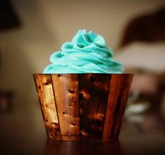 Wood panelling cupcake wrapper!