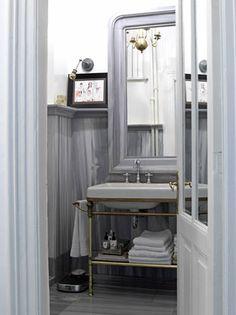 narrow sink