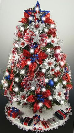 patriotic themed christmas tree | Decorated Mini Tabletop Christmas Tree - Patriotic 4th